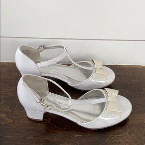 Patent leather Nina girls shoes